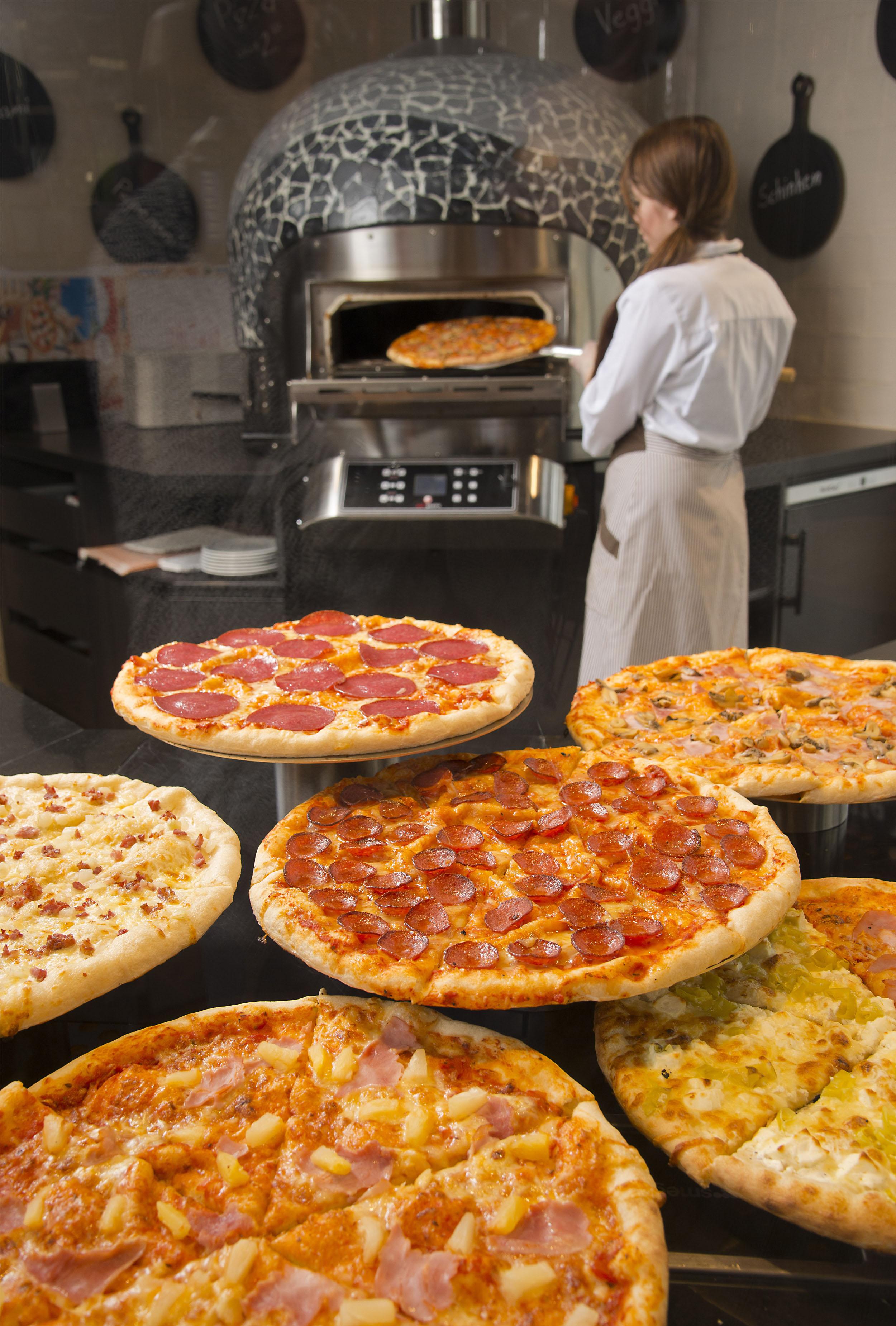 WASGAU Bäckerei – Pizza- und Snackbereich