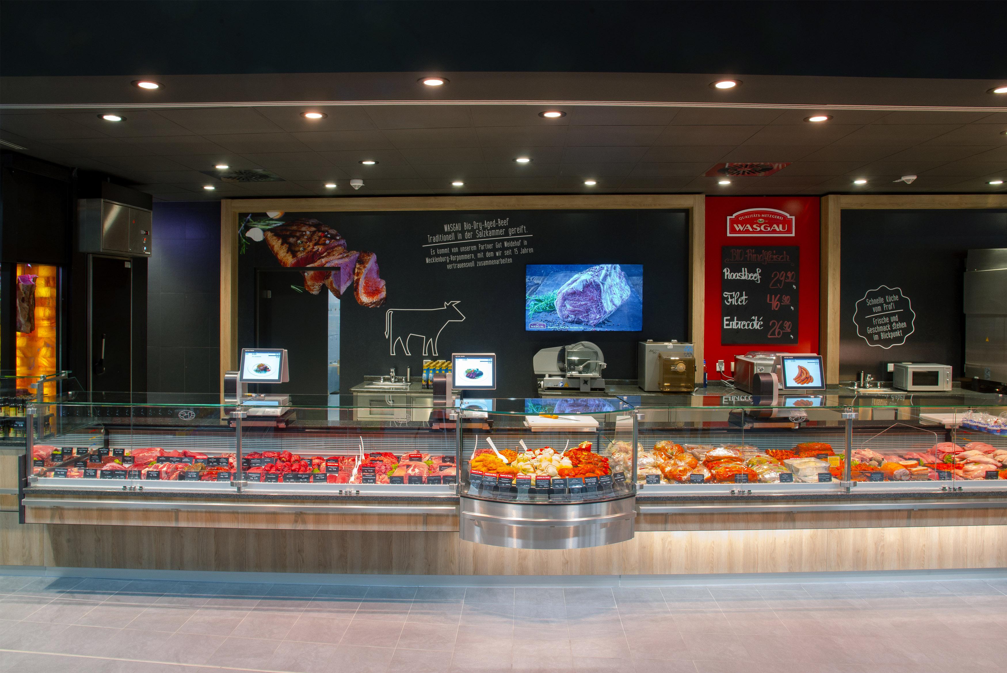 """Frische Wurst- und Fleischwaren aus eigener Herstellung, Bedienungsbereich, """"Heiße Theke"""", WASGAU Bio-Rind- und Kalbfleisch"""